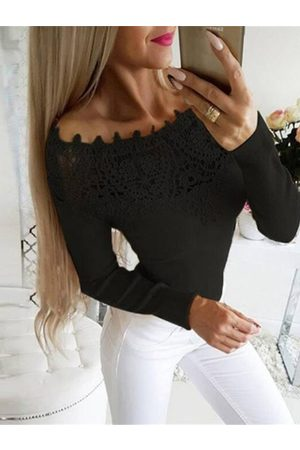 YOINS Crochet Lace Embellished Off The Shoulder Tee