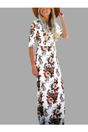 YOINS Random Floral Print Half Sleeves Maxi Dress