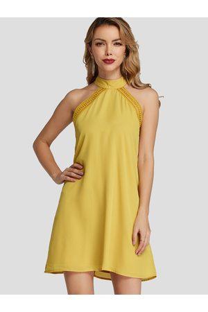 YOINS Halter Sleeveless Hollow Belt Design Mini Dress