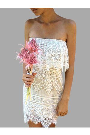 YOINS Lace Details Strapless Mini Dress
