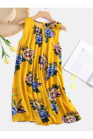 YOINS Floral Print Round Neck Sleeveless Dress