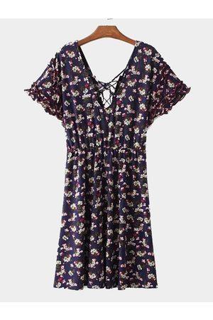 YOINS Random Floral Calico Print V-neck Tie Back Pastoral Style Summer Dress