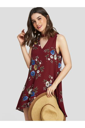 YOINS Random Floral Print Cut Out Design Sleeveless Dress In