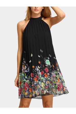 YOINS Random Floral Print Halter Pleated Design Dress