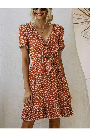 YOINS Ruffle Print Wrap Design Belted V-neck Short Sleeves Dress