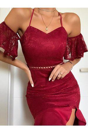 YOINS Burgundy Lace Cold Shoulder Short Sleeves Dress