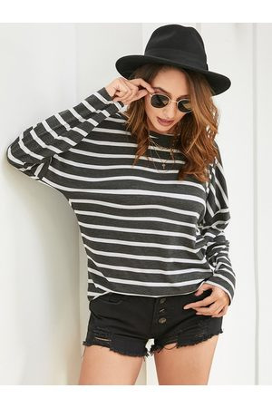 YOINS Black Backless Design Striped Round Neck Long Sleeves Tee