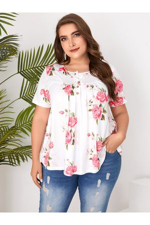 YOINS Plus Size Button Design Floral Print Crew Neck Short Sleeves Tee
