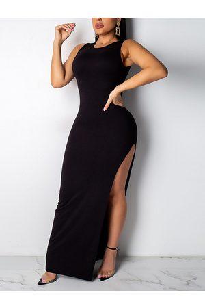 YOINS Backless Design Metal Belt Round Neck Sleeveless Dress