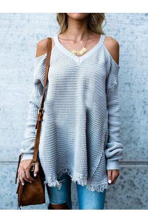 YOINS Cold Shoulder Tassel Hem Long Sleeves Sweater