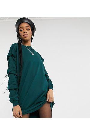 Noisy May Oversized sweater dress in dark green