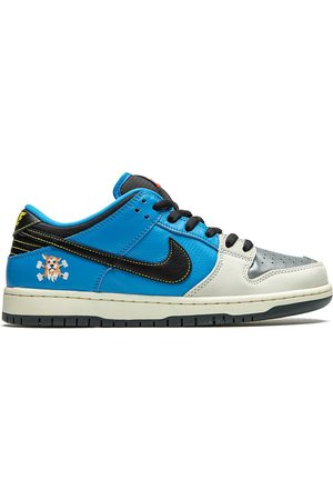 Jordan X Instant Skateboards SB Dunk Low Pro sneakers
