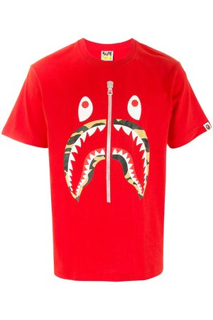 A BATHING APE® Camo Shark short sleeved T-shirt