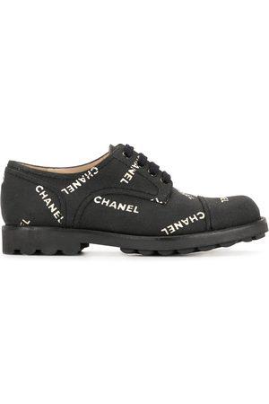 CHANEL Logo print sneakers