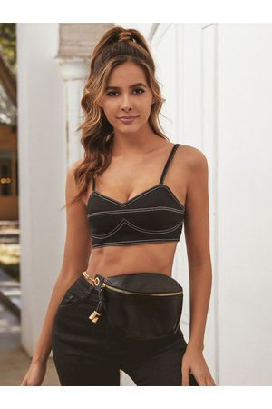 YOINS Black Backless V-neck Sleeveless Crop Top