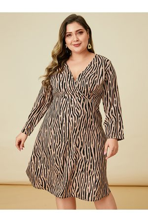 YOINS Plus Size Orange Zebra Stripe Long Sleeves Dress
