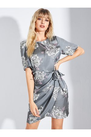 YOINS Grey Random Floral Print Belted Self-tie Design Short Sleeves Dress