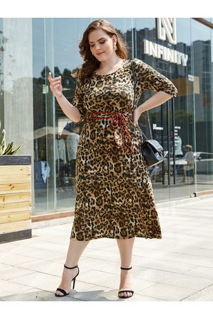 YOINS Plus Size Beige Leopard With Belt Dress