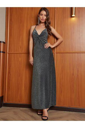 YOINS Backless Design V Neck Sleeveless Twisted Dress