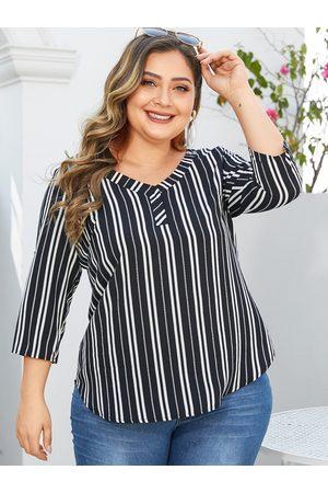 YOINS Plus Size Stripe V-neck 3/4 Length Sleeves Blouse