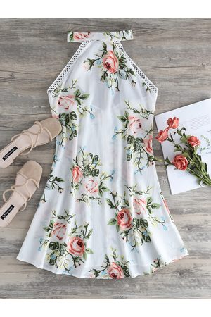 YOINS Backless Design Floral Print Halter Sleeveless Dress