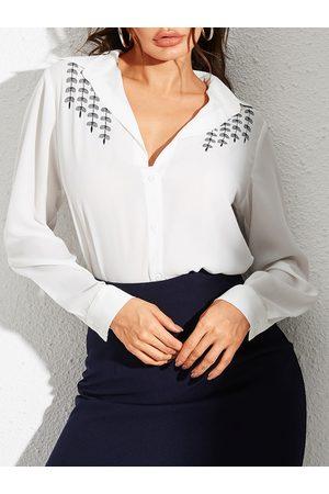 YOINS White Button Design leaves Graphic V-neck Blouse