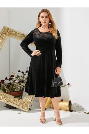 YOINS Women Midi Dresses - Plus Size Crew Neck Lace Christmas Long Sleeves Midi Dress