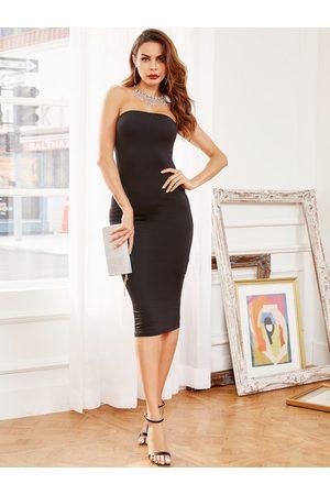 YOINS Black Strapless Bodycon Dress