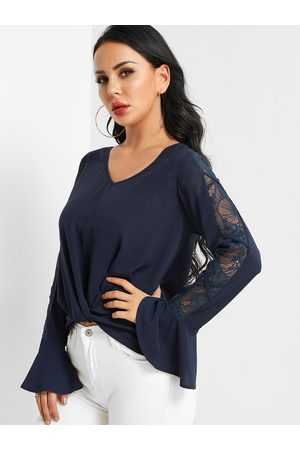 YOINS Dark Crossed Front Design V-neck Lace Insert Blouse