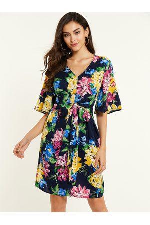 YOINS Bowknot Random Floral Print Half Sleeves Dress