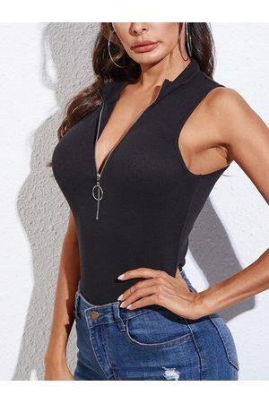 YOINS Black Zip Front Knit Deep V Neck Sleeveless Vest