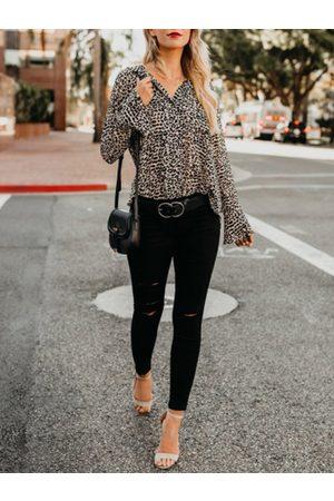 YOINS Leopard Bell Sleeves V-neck Blouse
