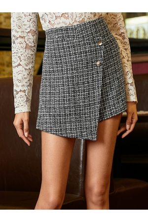 YOINS Black Front Button High-Waisted Plaid Tweed Skort