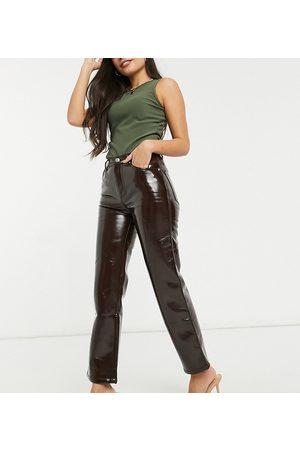ASOS Women Straight - ASOS DESIGN Petite mid rise '90's' straight leg jeans in oxblood vinyl