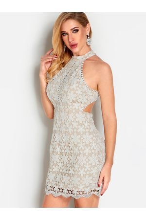YOINS Backless Design Halter Sleeveless Lace Dress