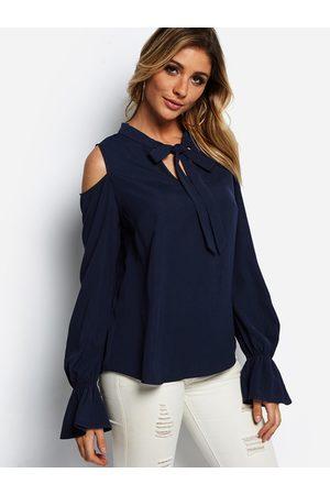 YOINS Self-tie Design Cold Shoulder Bell Sleeves Shirt