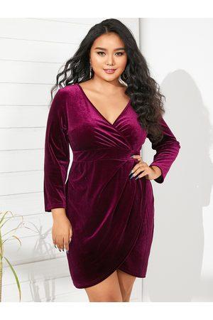 YOINS Plus Size Deep V neck Wrap Design 3/4 Length Sleeves Mini Dress