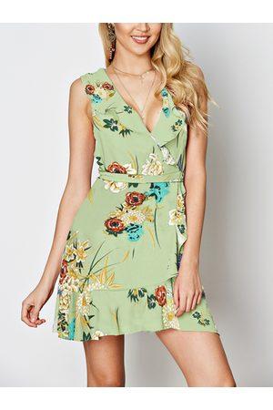 YOINS Random Floral Print V-neck Sleeveless Drawstring Waist Wrap Dress