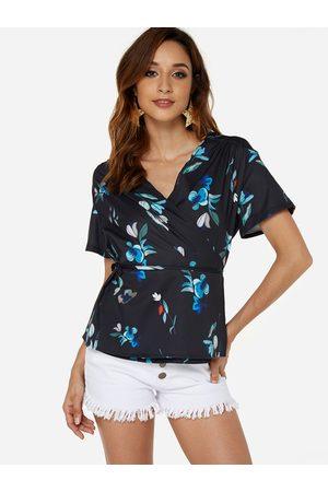YOINS Lace-up Design Random Floral Print V-neck Short Sleeves Top