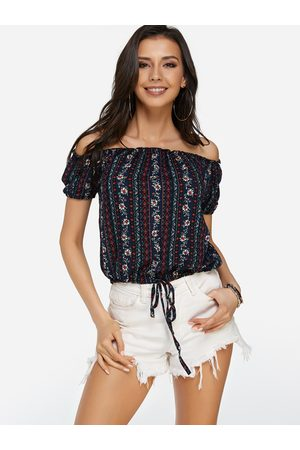 YOINS Lace-up Design Random Calico Print Off The Shoulder Short Sleeves Top