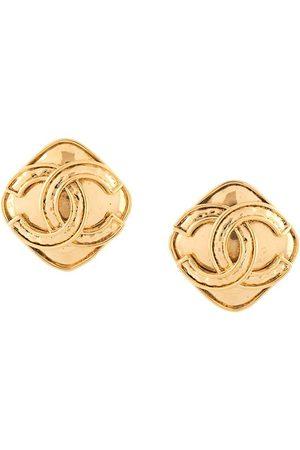 CHANEL 1994 diamond shape CC clip-on earrings