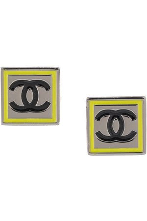 CHANEL 2004 squared CC earrings