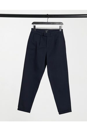 New Look Tapered chino trousers with pleat detail in