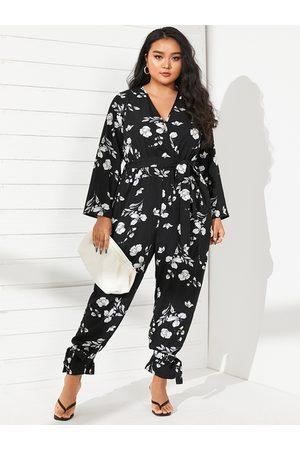 YOINS Plus Size V-neck Floral Print Wrap Design Belt Design Long Sleeves Jumpsuit
