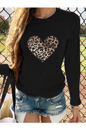 YOINS Leopard Heart Print Crew Neck Long Sleeves Tee