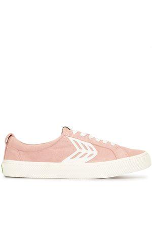 CARIUMA CATIBA Low Rose Suede Ivory Logo Sneaker