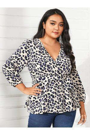 YOINS Plus Size V-neck Leopard Wrap Design 3/4 Length Sleeves Blouse