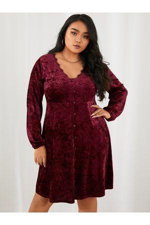 YOINS Plus Size V-neck Lace Long Sleeves Mini Dress