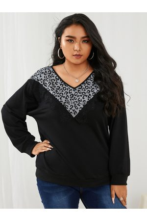 YOINS Plus Size V-neck Patchwork Leopard Long Sleeves Tee