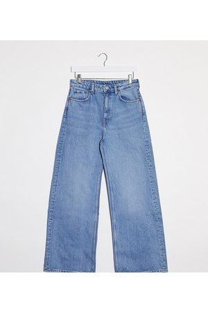 Weekday Wide leg jeans with organic cotton in